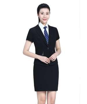 黑色一粒扣套裙