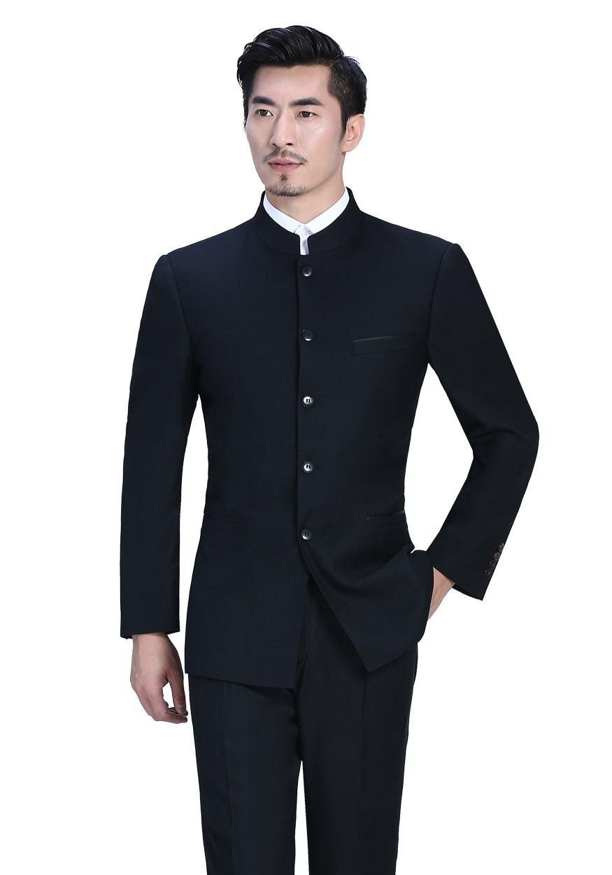 男士定制西装的搭配技巧介绍 教你开春的穿搭攻略